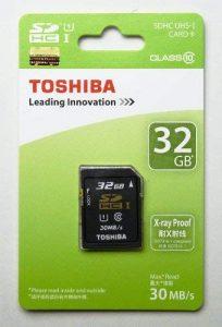 Toshiba SD-K032GR7AR30 Carte mémoire SDHC UHS-1 classe 10 32Go 30Mo/s